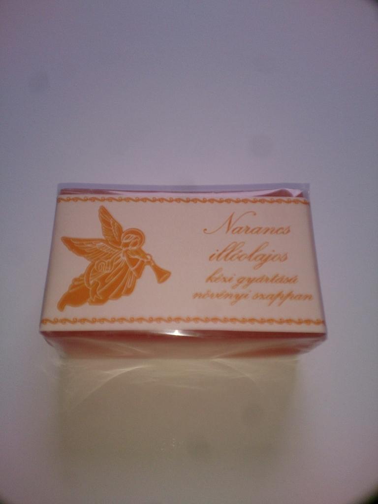 Narancs angyalkás szappan
